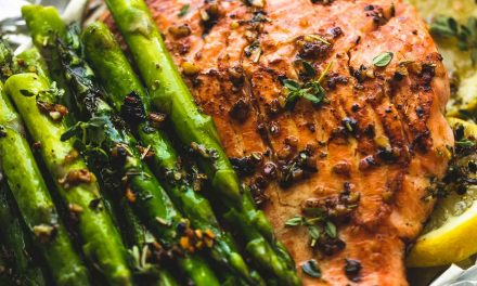 HERB BUTTER SALMON & ASPARAGUS FOIL PACKS